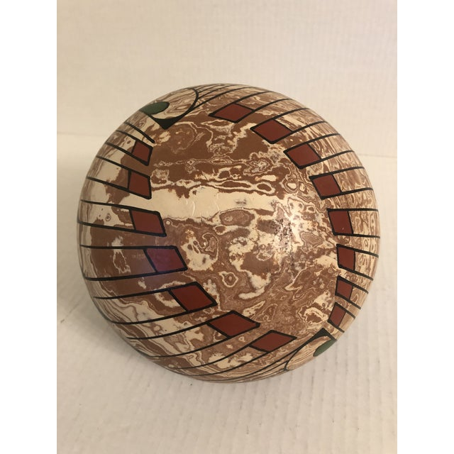 Clay 1990s Mata Ortiz Polychrome Pottery Jar For Sale - Image 7 of 9