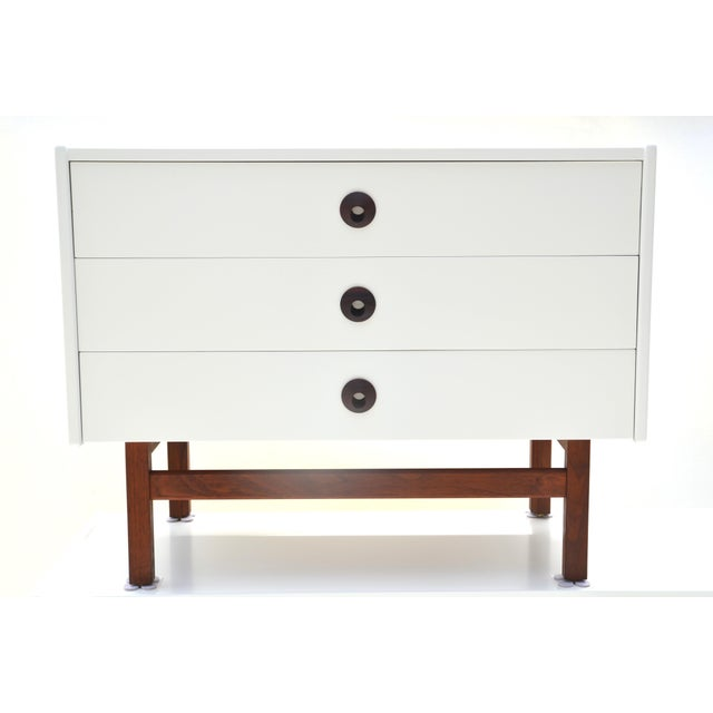 Brown Saltman Mid Century Modern Brown Saltman Chest of Drawers Set For Sale - Image 4 of 11