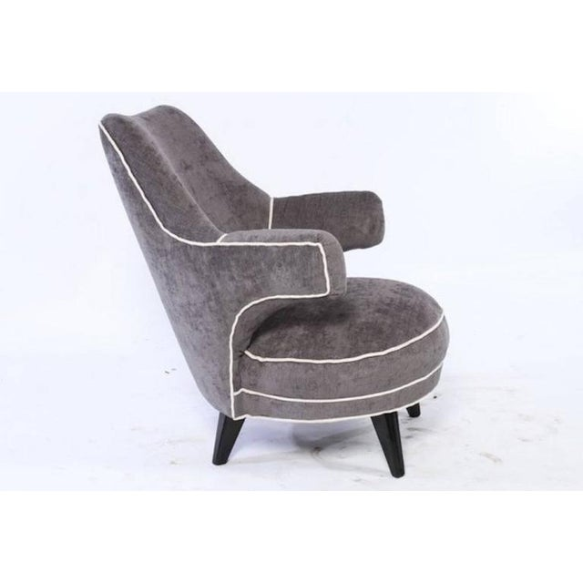 An interesting Mid-Century Modern boudoir chair with free floating arms, circa 1970
