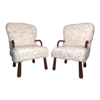 Pair of Lounge Chairs in the Style of Arctander For Sale