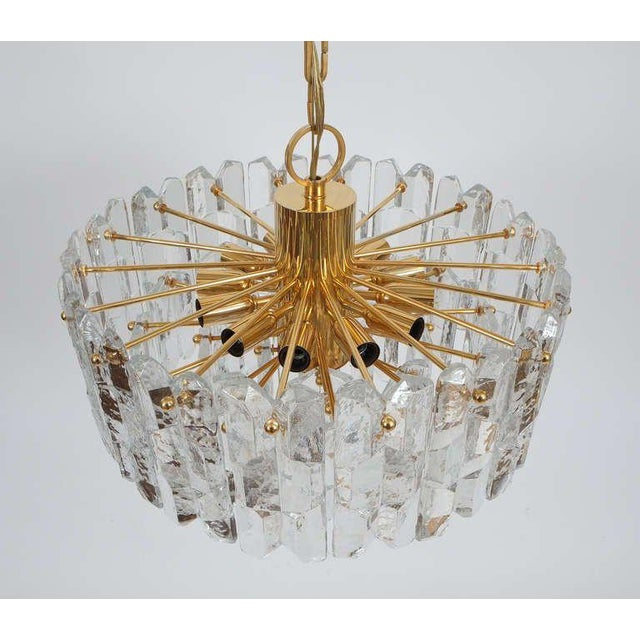1960s J.T. Kalmar Gold Brass Tiered Crystal Glass Chandelier Palazzo Lamp, circa 1960 For Sale - Image 5 of 10