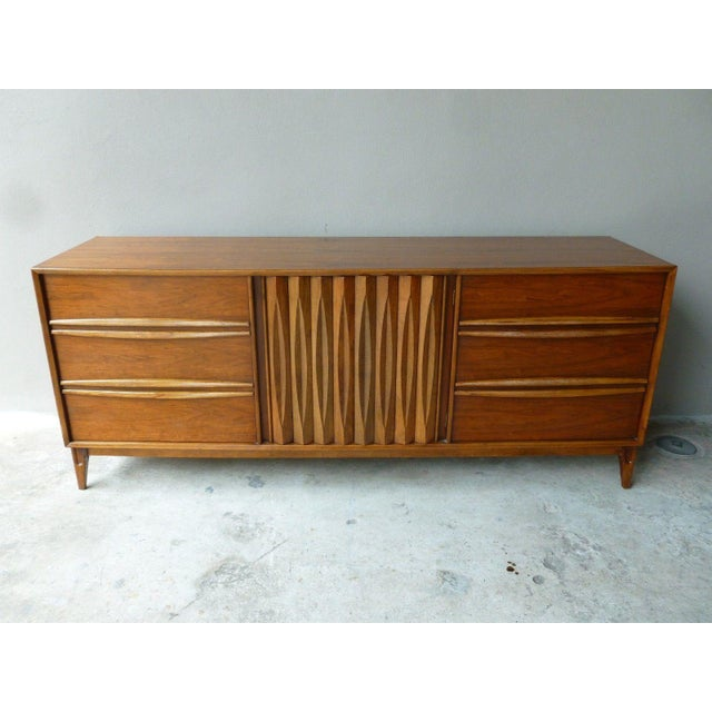1950s 1950s Vintage Danish Modern Style Credenza/Chest For Sale - Image 5 of 13