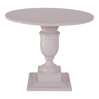Madcap Cottage Hollywood Regency Grey Side Table W/ Urn Base For Sale