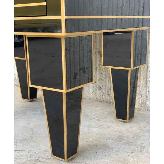New Pair of Mirrored Low Nightstand in Black Mirror and Chrome With Drawer For Sale In Miami - Image 6 of 10