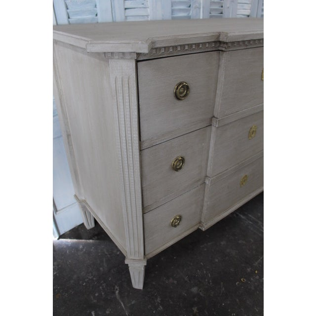 20th Century Swedish Gray Commode For Sale In Atlanta - Image 6 of 8