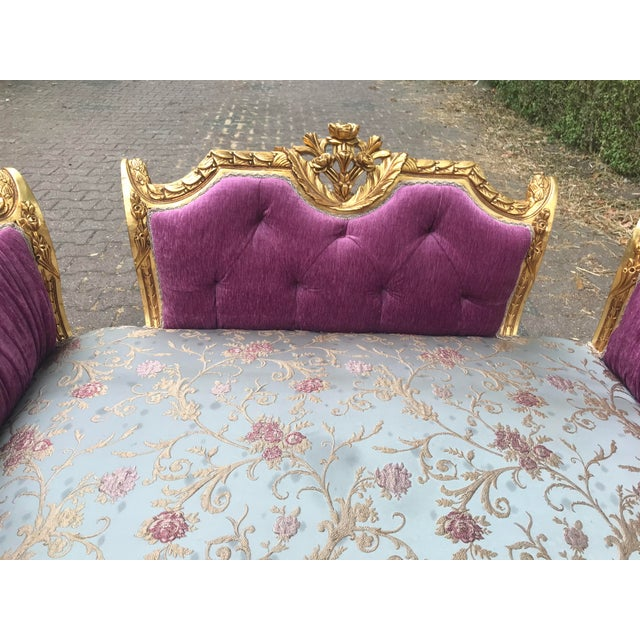 2010s French Louis XVI Style Purple Tufted Love Seat/Settee For Sale - Image 5 of 7