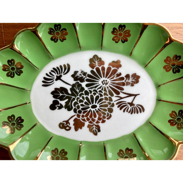 American Vintage Green Flower Dish For Sale - Image 3 of 6