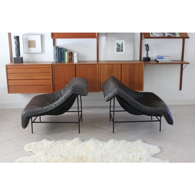 Contemporary Vintage Gerard Van Den Berg Butterfly Chairs- a Pair For Sale - Image 3 of 10