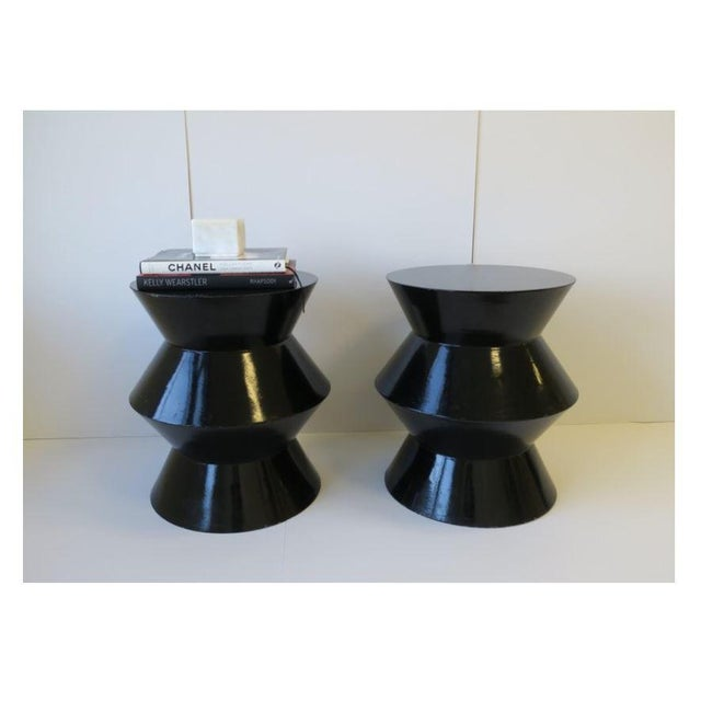 Late 20th Century 20th Century Art Deco Round Black Lacquer Side/End Tables - a Pair For Sale - Image 5 of 13