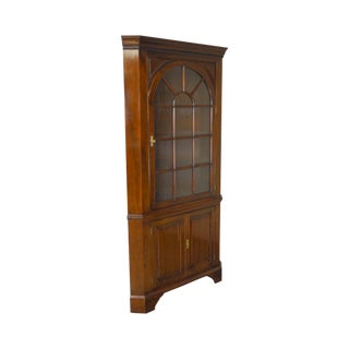 Stickley Solid Mahogany Chippendale Style Corner Cabinet (B)