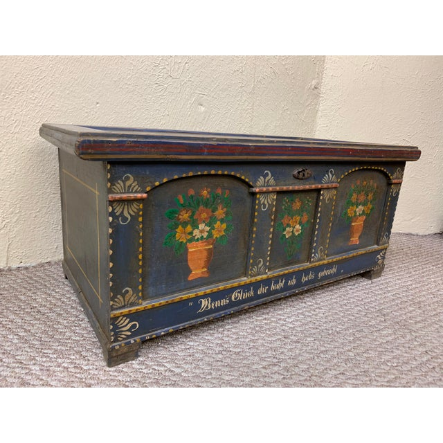 French Provincial 20th Century French Provincial Painted Pine Truck For Sale - Image 3 of 13