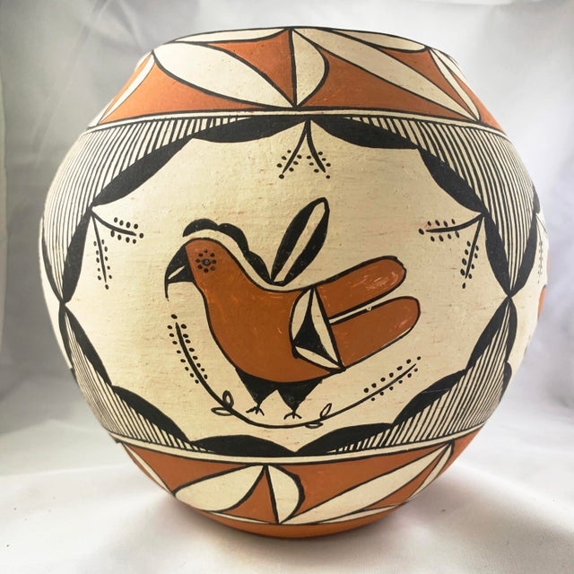 Southwestern Acoma Pueblo Polychrome Olla Parrot Jar For Sale - Image 4 of 13