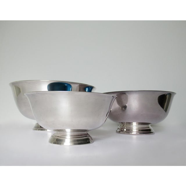 Americana Reed & Barton Silver Plate Bowls With Peacock Blue Enameled Interiors -Set of 3 For Sale - Image 3 of 13