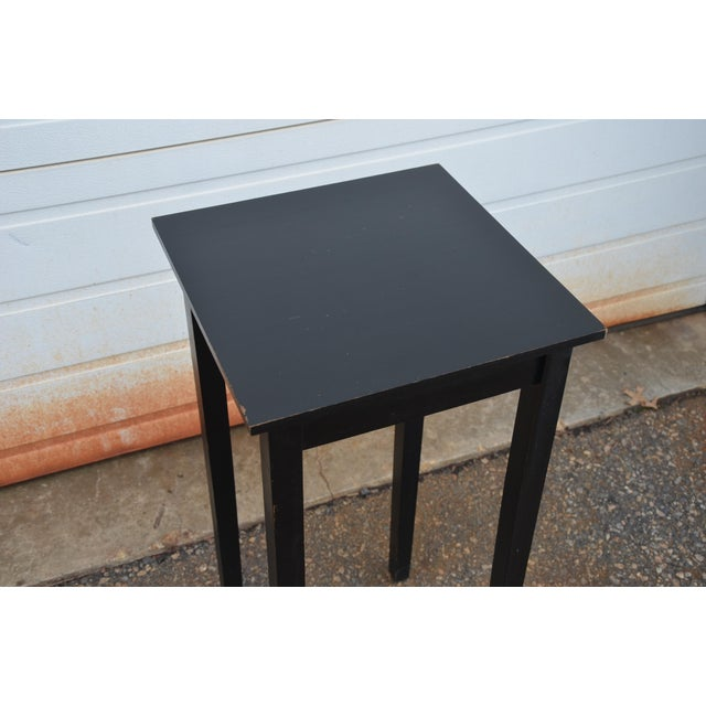 Simple Shaker Style Side Table - Image 3 of 8