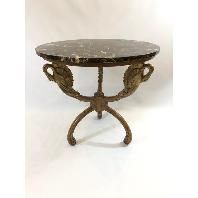 1980s Hollywood Regency Romantic Swan Motife Giltwood and Marble Round Side Table For Sale - Image 13 of 13