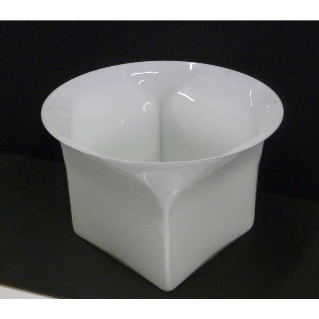 1960s Vintage Sergio Asti for Venini, Murano Mid Century Modern Cased White Glass Vessel For Sale - Image 13 of 13