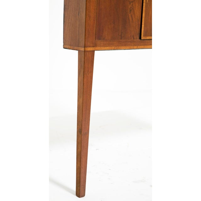 Early 20th Century Federal Style Corner Cabinets - a Pair For Sale In San Francisco - Image 6 of 7