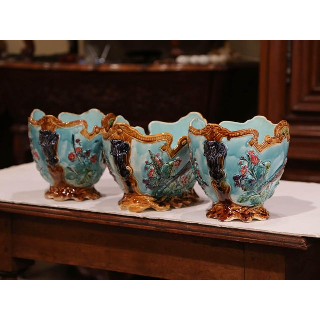 Blue 19th Century French Hand Painted Barbotine Cachepots With Bird and Flower Decor For Sale - Image 8 of 13