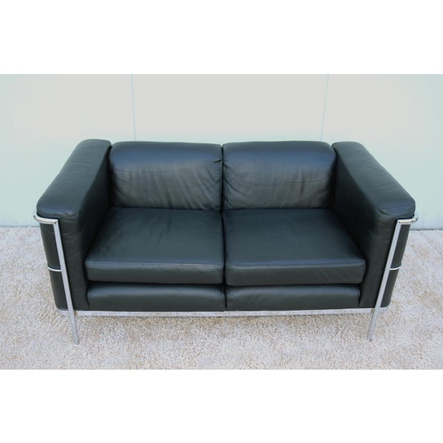 Stunning Le Corbusier LC2 Style Vintage Loveseat/Settee. The LC2 is a truly classic and timeless model which has made...