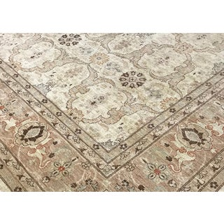 Square Traditional Hand Woven Wool Rug 9'9 X 9'10 Preview
