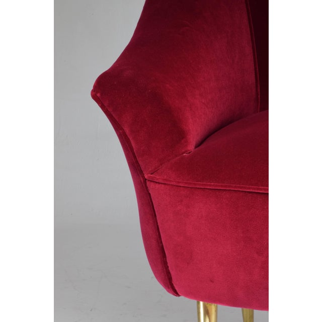 Italian Mid-Century Velvet Armchair For Sale - Image 4 of 11