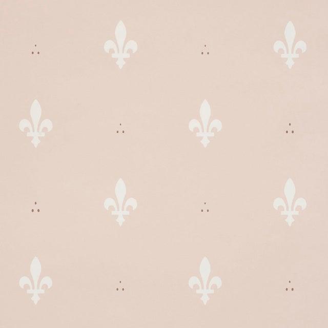 Schumacher Fleur De Lis Wallpaper In Blush
