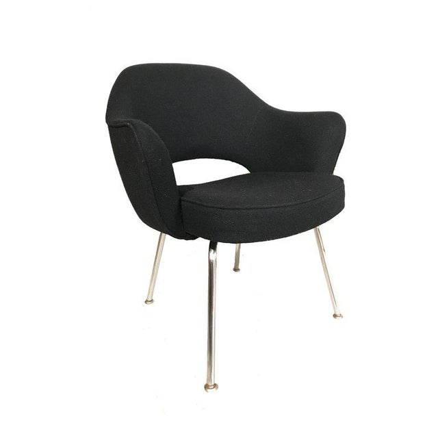 Knoll Eero Saarinen Executive Armchairs in Knoll Black Upholstery For Sale In New York - Image 6 of 6