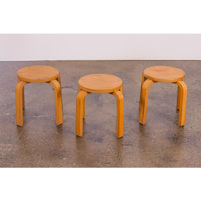 Alvar Aalto 1960s Alvar Aalto Style Small Stacking Stools - Set of 3 For Sale - Image 4 of 9