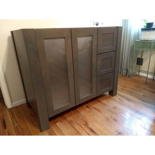 Solid Wood Grey Bathroom Vanity - Image 2 of 6