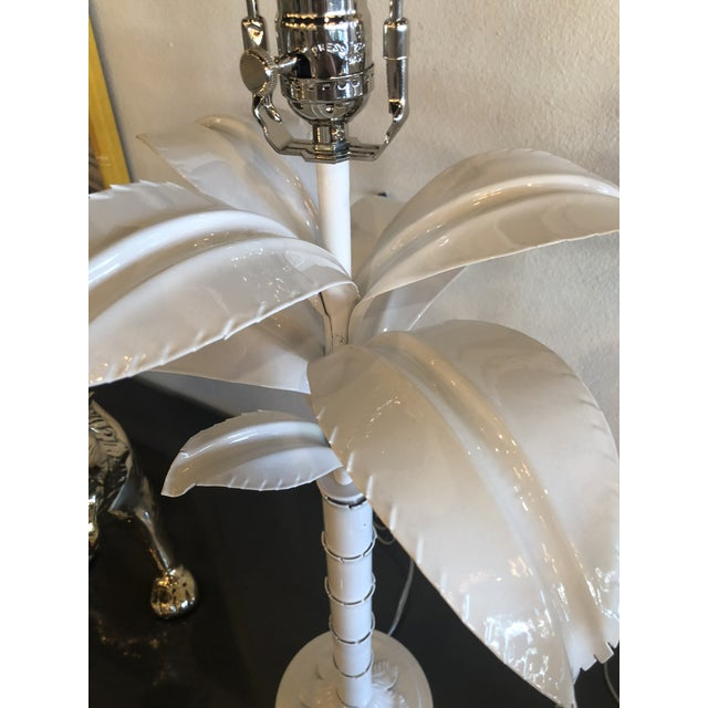 Vintage Hollywood Regency White Lacquered Chrome Lucite Palm Tree Table Lamps - A Pair For Sale - Image 9 of 13