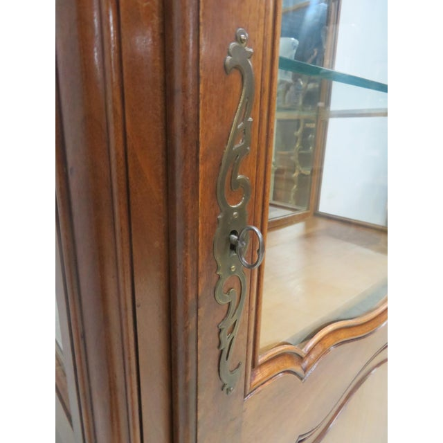 County French Cherry China Cabinet - Image 8 of 10