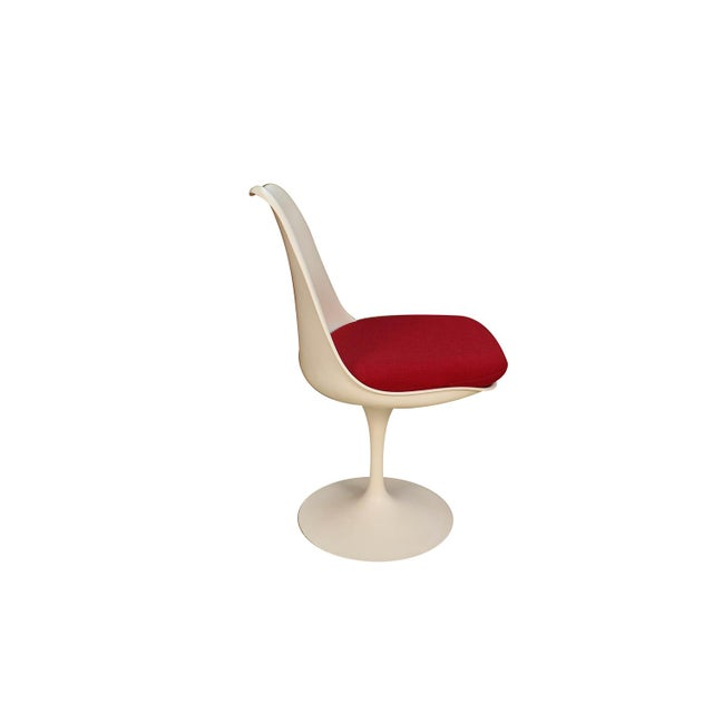Aluminum Four Knoll Eero Saarinen Swivel Tulip Chairs For Sale - Image 7 of 12