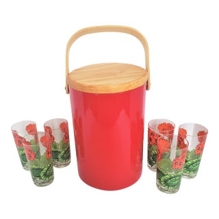 Mid-Century Modern Georges Briard Red Poppies Glass & Ice Bucket Set - Set of 7 For Sale
