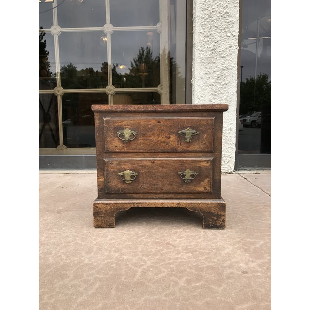 Brown 19th Century George III Oak Trunk For Sale - Image 8 of 8