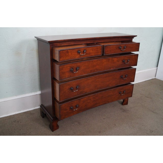 Drexel Heritage Cherry Wood Chest of Drawers For Sale - Image 7 of 10