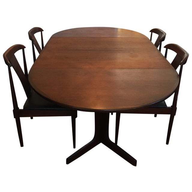 Dillingham Mid-Century Modern Walnut Dining Set For Sale