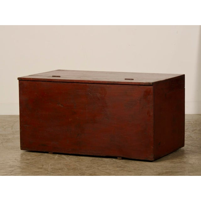 Large Antique Chinese Red Lacquer Trunk Kuang Hsu period circa 1875 For Sale In Houston - Image 6 of 10