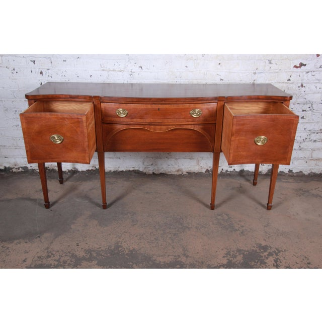 1950s Kittinger Inlaid Mahogany Sideboard Credenza For Sale - Image 5 of 13