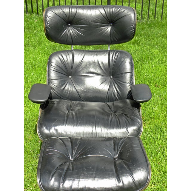 1960s Vintage Plycraft Mid Century Vintage Leather Lounge Chair & Ottoman For Sale - Image 5 of 11
