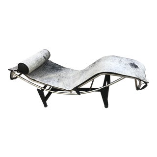 Vintage Mid Century Modern Cassina Styled Lc4 LeCorbusier Chaise For Sale