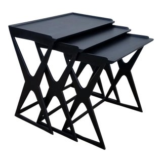 1960s Mid-Century Modern Black Lacquered Nesting Tables - Set of 3 For Sale