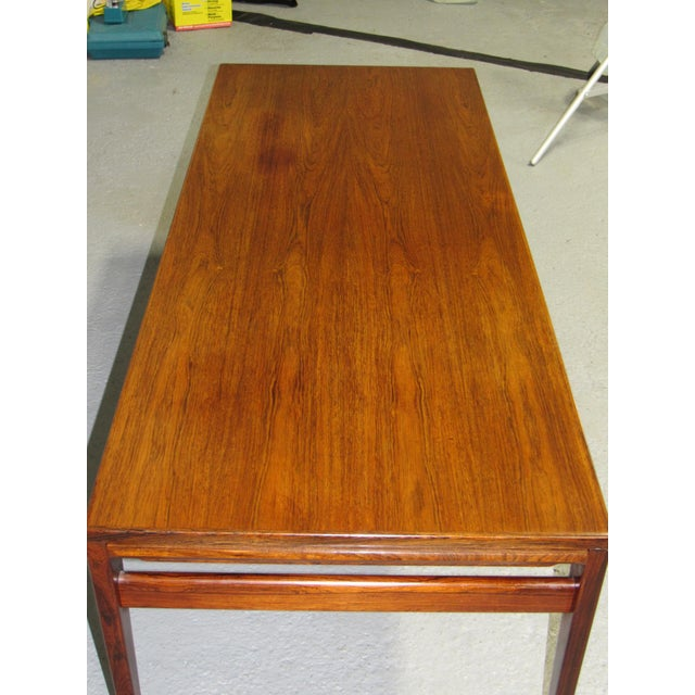 Severin Hansen for Haslev Mid-Century Danish Rosewood Extending Coffee Table For Sale In Boston - Image 6 of 7
