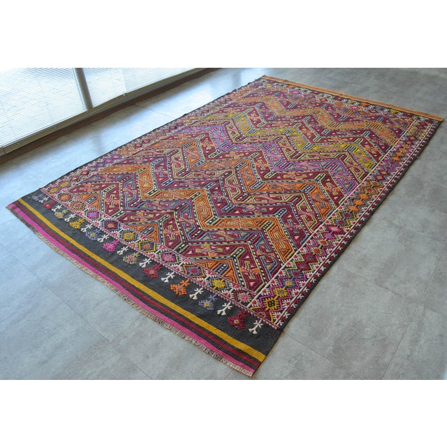 "Antique Turkish Kilim Rug Hand Woven Wool Jajim Braided Area Rug - 6'5"" X 9'10"" For Sale - Image 4 of 9"