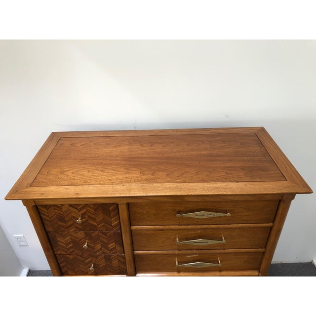 "Mid-Century Tomlinson ""Sophisticate"" 9-Drawer Tall Chest For Sale In Boston - Image 6 of 9"
