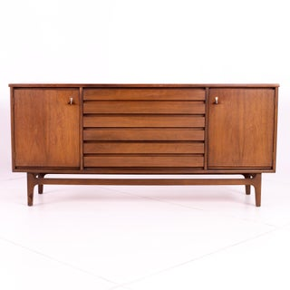 Mid Century Stanley Walnut Sideboard Credenza Preview