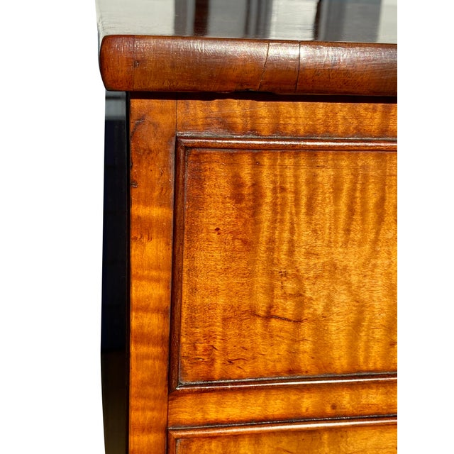 19th Century George III Fiddleback Mahogany Side Cabinet For Sale - Image 5 of 9