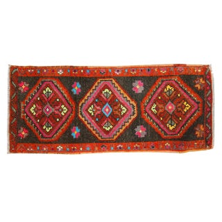 "Vintage Oushak Rug Mat - 1'4"" X 3'1"" For Sale"