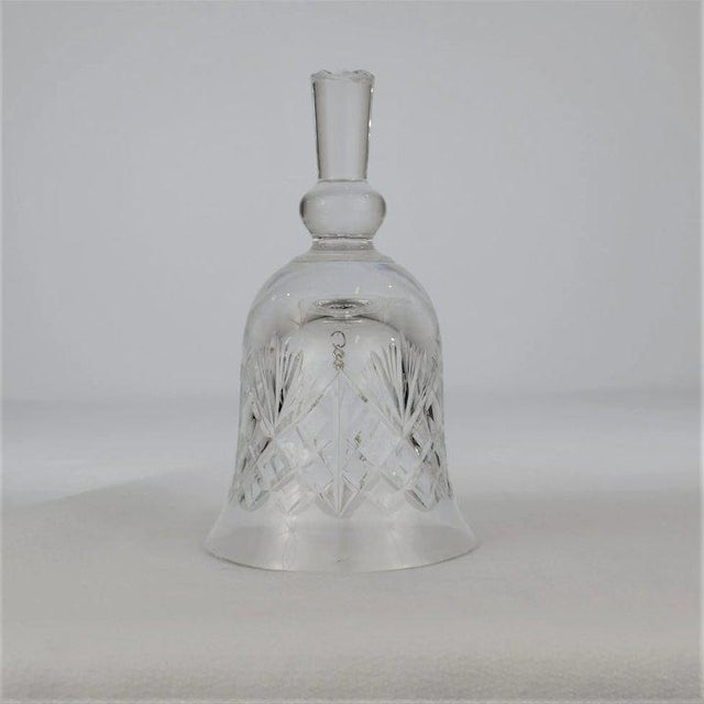 Traditional 1970s Edinburgh Crystal Bell For Sale - Image 3 of 8