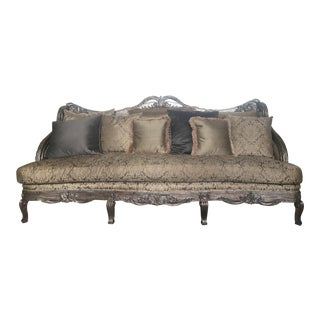 Henredon Traditional Custom Sofa For Sale