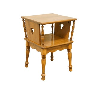Late 20th Century Vintage Ethan Allen Heirloom Nutmeg Maple Accent Table For Sale